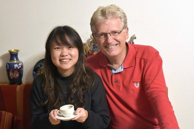 Heather Tan und Gerhard Blaboll beim Radiointerview